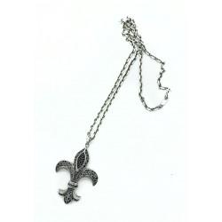Pendentif Thomas Sabo fleur de Lys grand format avec chaîne en argent.